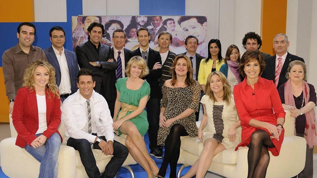 Concha García Campoy y su equipo