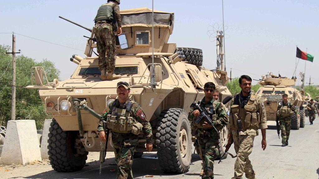 Los afganos se preparan para la batalla