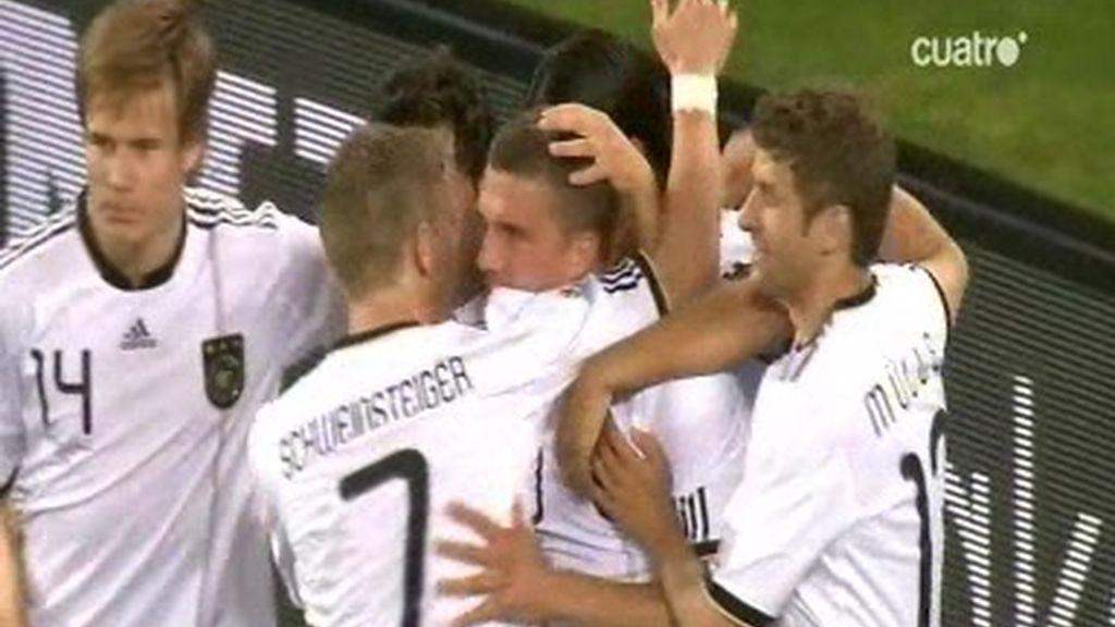 Gol de Podolski. Gol de Alemania