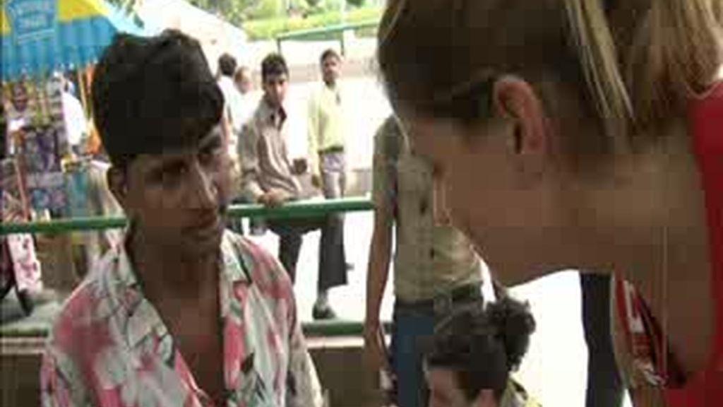 EXCLUSIVA: El regateo del precio de la comida en Nueva Delhi