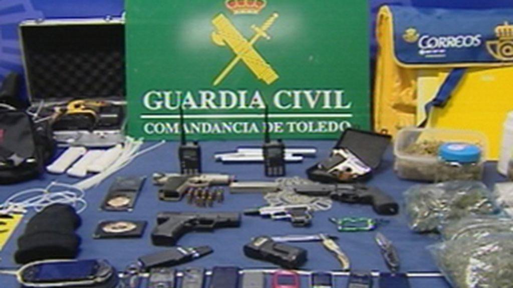 Detenidos nueve ladrones que simulaban ser guardias civiles