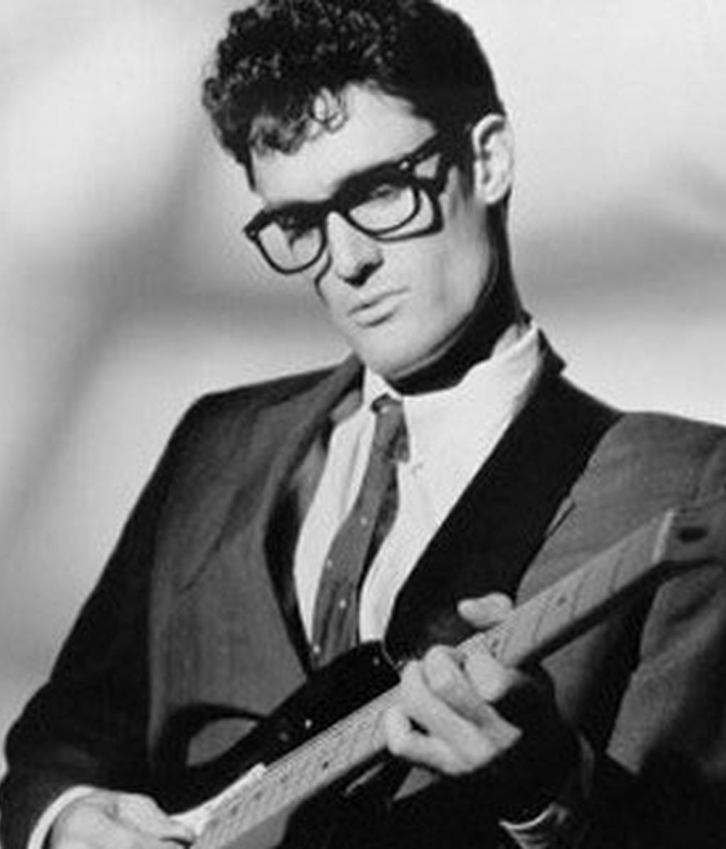 Buddy Holly fue pionero del rock and roll e influencia de músicos contemporáneos.