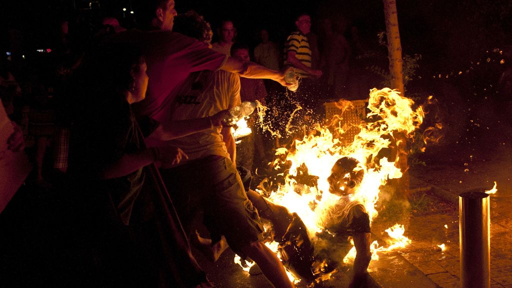 Un israelí se quema a lo bonzo durante una manifestación de 'indignados'