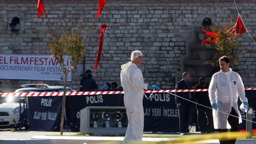 Un atentado suicida en Estambul deja al menos 32 muertos