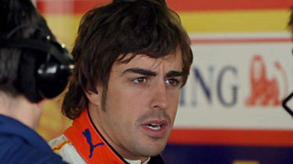 Alonso, durante los tests en Portimao. FOTO: Archivo.