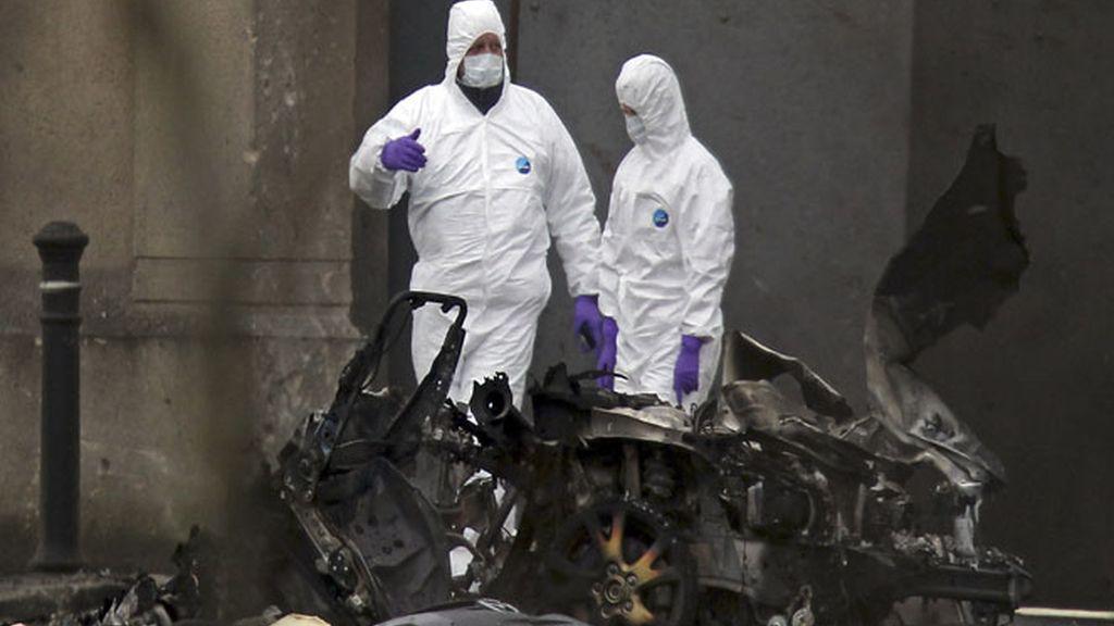 Explota un coche bomba en Irlanda del Norte sin dejar heridos