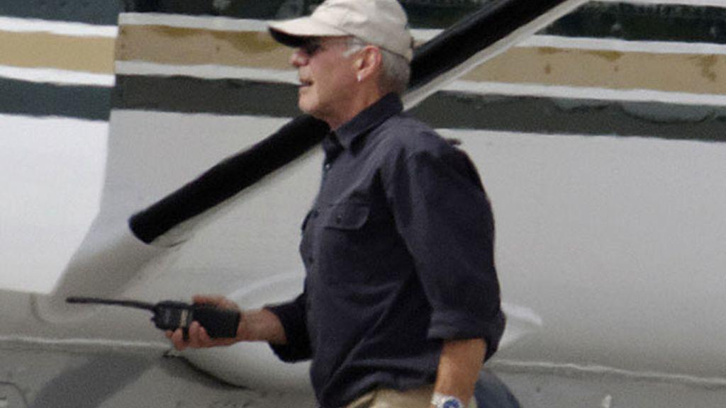 El propio actor fue piloto de la avioneta en 'Siete días, siete noches'