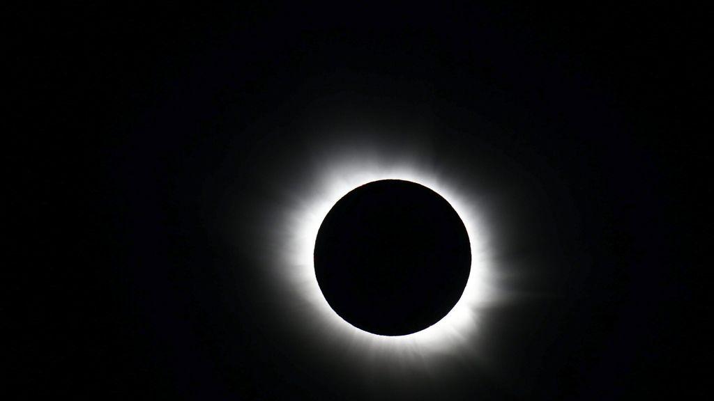 El eclipse visto desde Svalbard