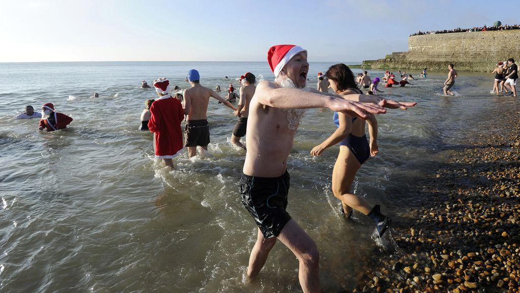 El 'chapuzón' navideño, cancelado por peligrosidad, en Brighton