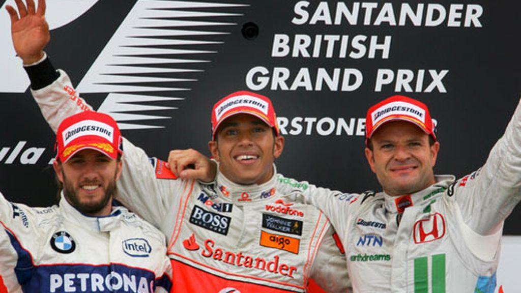 Hamilton destacó en la carrera a pesar de la lluvia