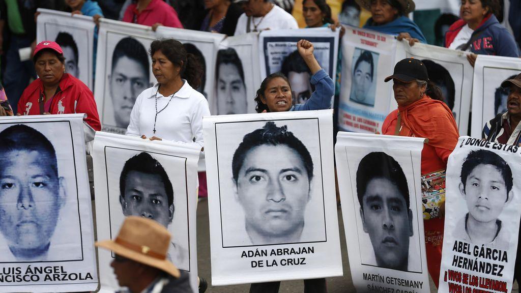 Los padres de los 'normalistas' de Iguala dicen que no se rendirán hasta encontrar a sus hijos