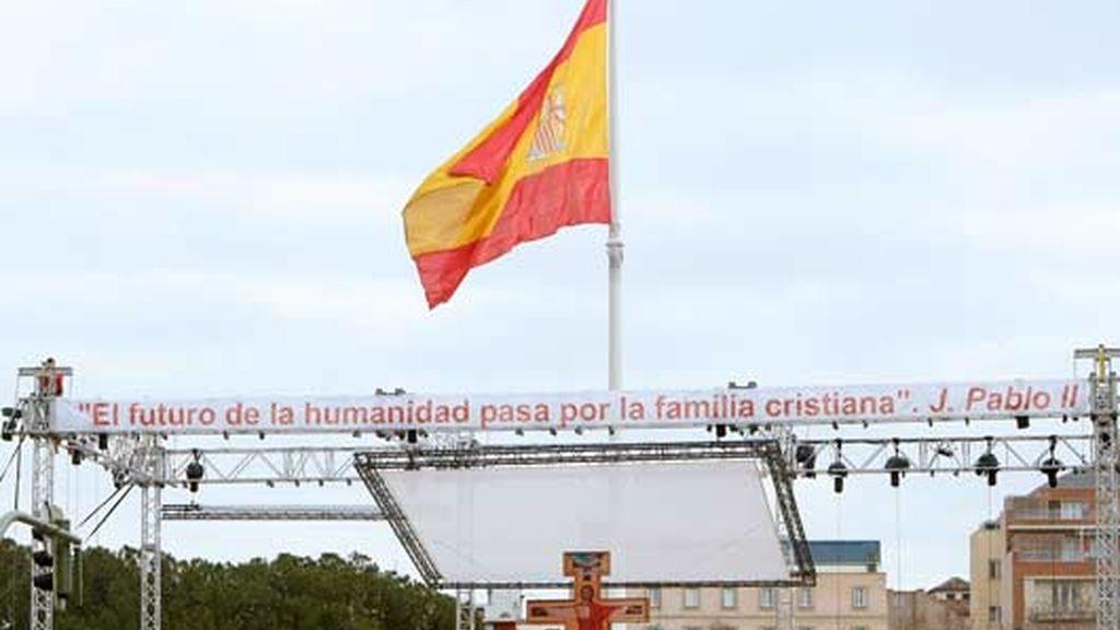 PREPARATIVOS DE LA 'MISA POR LAS FAMILIAS'
