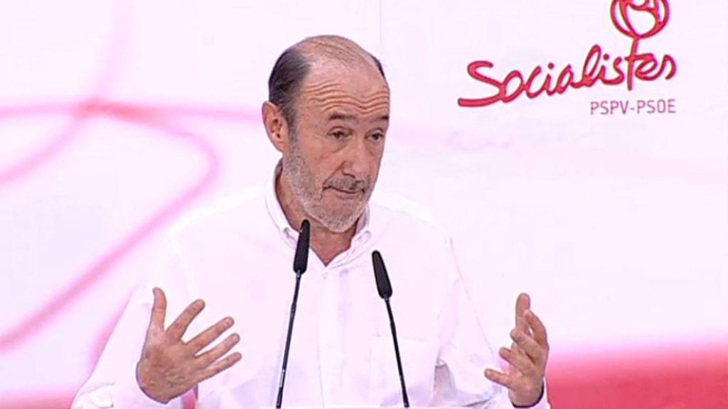 """Rubalcaba: Cada voto al PSOE en las europeas será """"un candado al cajón"""" en el que el PP tiene la ley"""