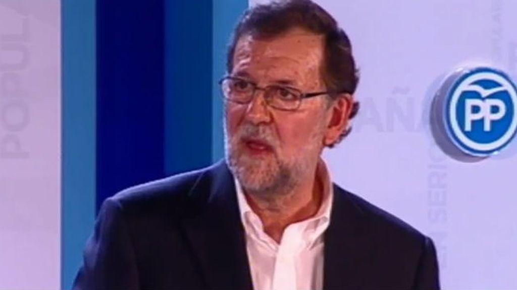 Rajoy defiende la gran coalición PP-PSOE para gobernar el país