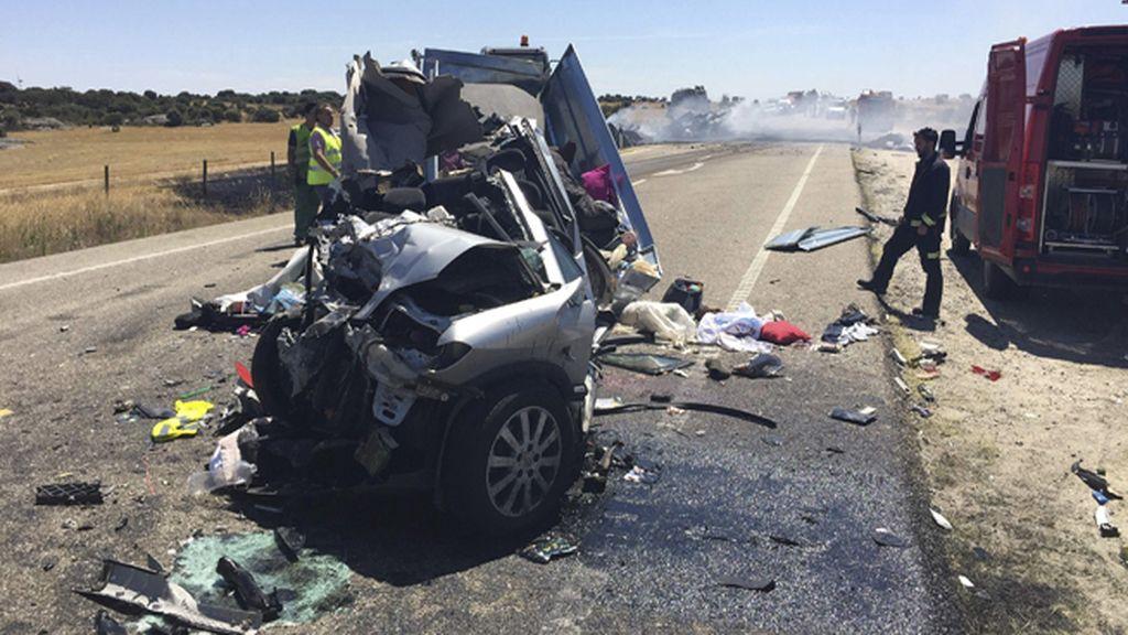 Cuatro menores han muerto en un accidente de tráfico registrado en Cerezal, Zamora