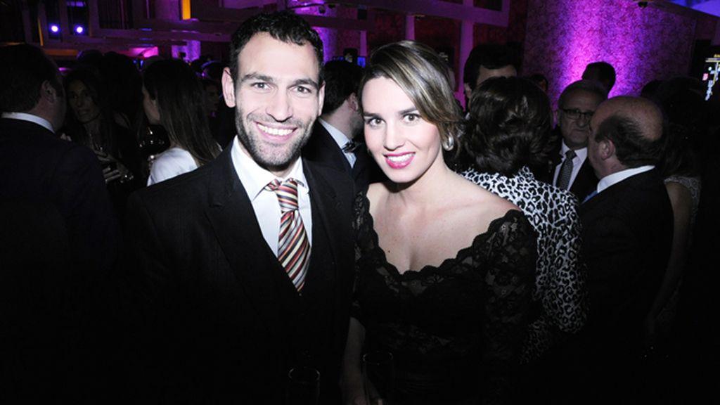 Darío Barrio y Laura durante la inauguración
