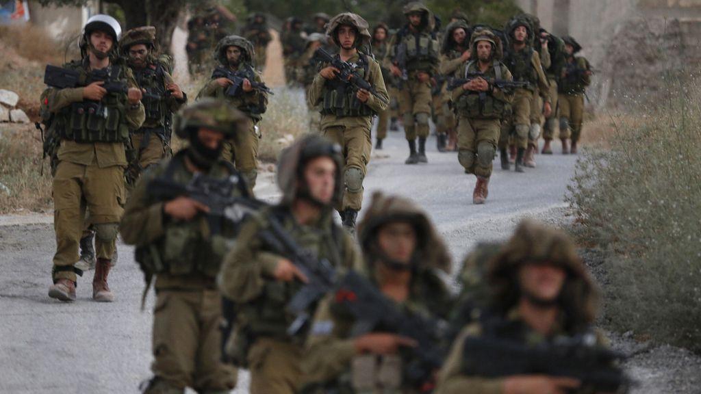 Muere un adolescente palestino de un tiro israelí