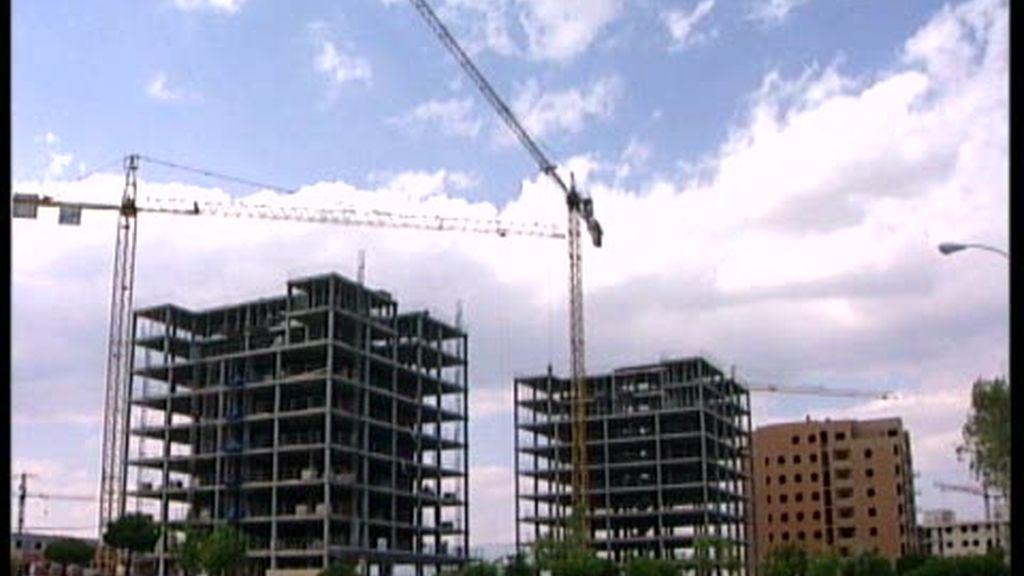 El desplome de la construcción de viviendas continúa