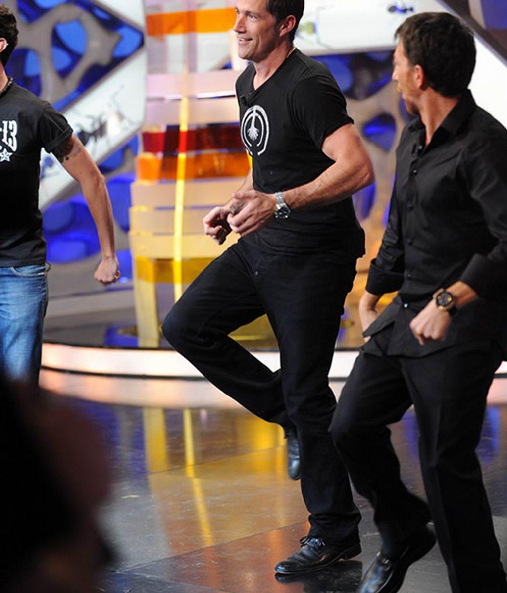 Matthew Fox se marcó un baile de campeonato con Marron y Pablo