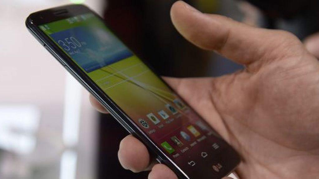 Los operadores alternativos lideran las altas de líneas móviles y banda ancha en 2013