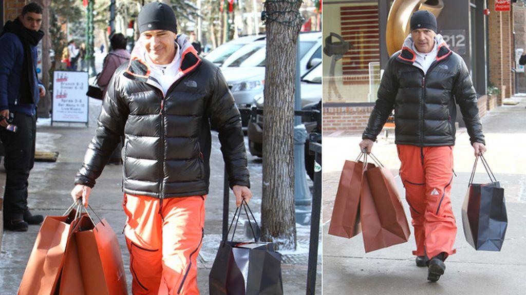 Antonio Banderas ultima las compras de Navidad