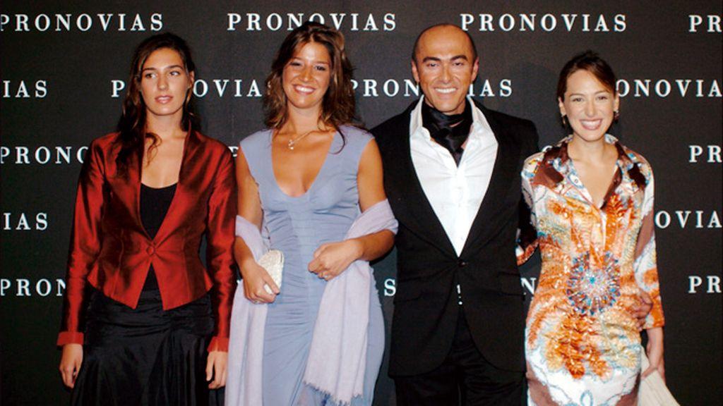 Manuel Mota, rodeado de grandes amigas, como Tamara Falcó, Eugenia Ortíz y Cynthia Rossi