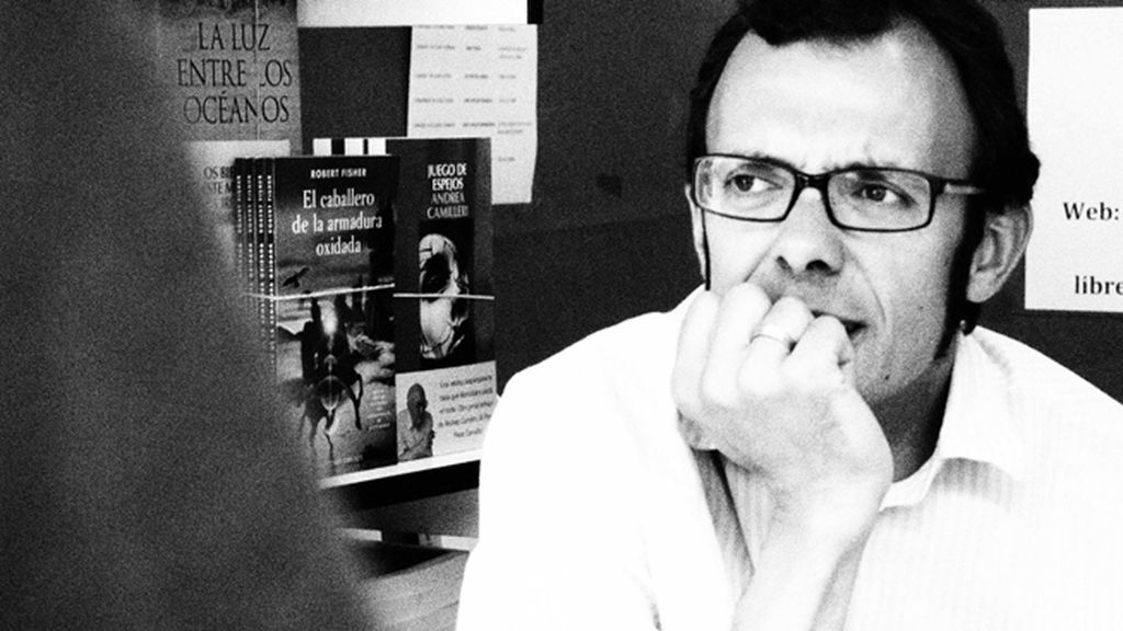 Isaac Rosa y 'La habitación oscura', su novela