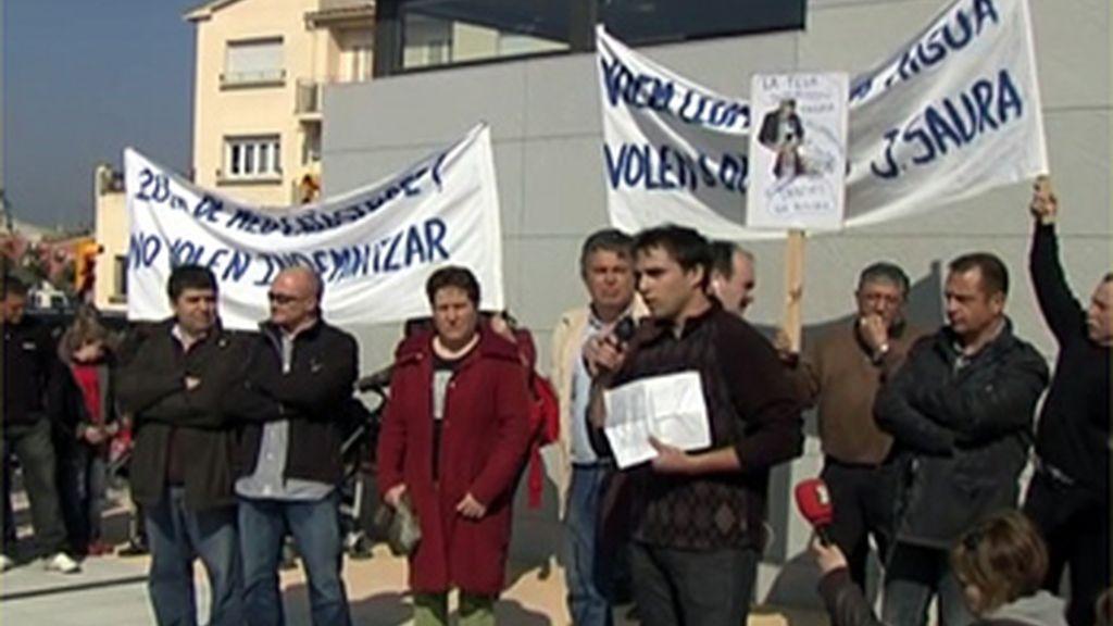 Más de 100 ayuntamientos catalanes exigen responsabilidades en un manifiesto