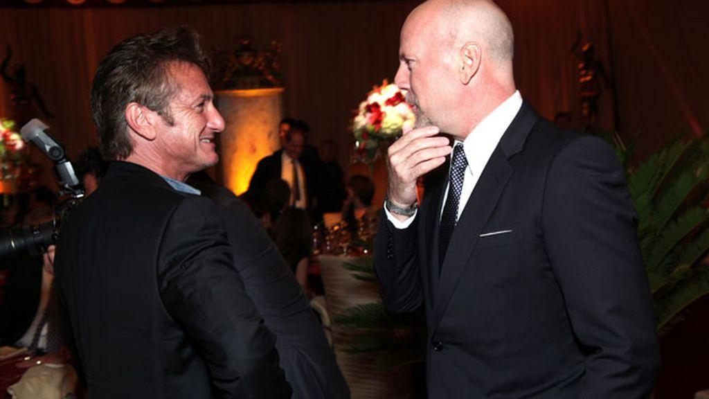 Scarlett Johansson y Sean Penn, de cena