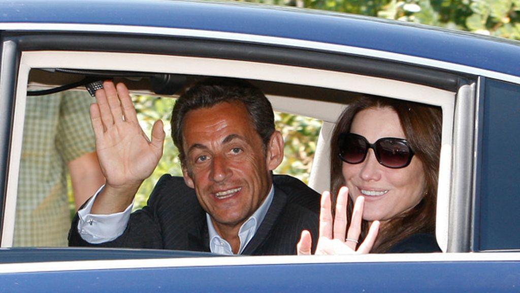 Sarkozy y Bruni comienzan sus vacaciones