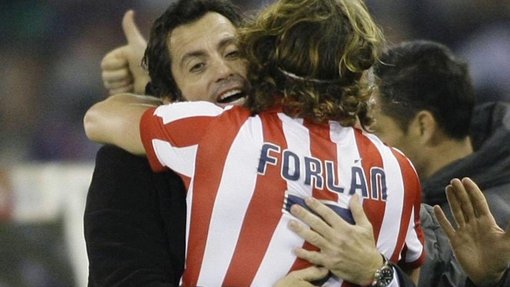Forlán metió al Atleti en semifinales