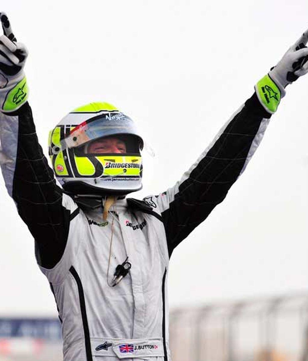 Button celebrando su victoria