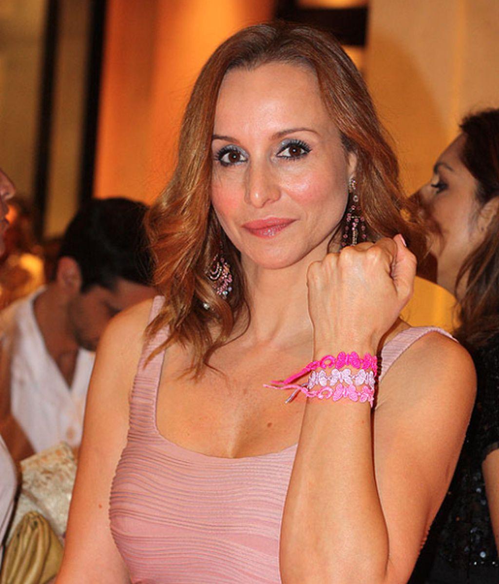 Las 'celebrities' lucen las pulseras del verano