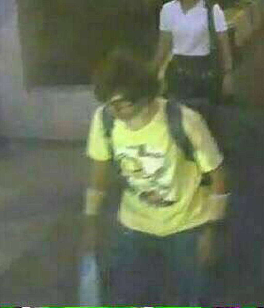 """Identifican a un """"sospechoso"""" del atentado en Bangkok visto en una grabación de seguridad"""