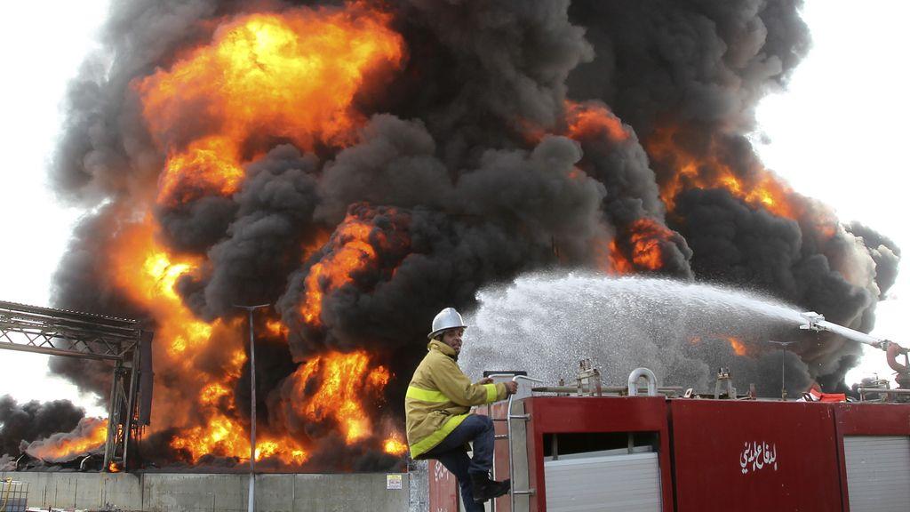 La única central eléctrica de Gaza, cerrada por un incendio provocado por los bombardeos israelíes
