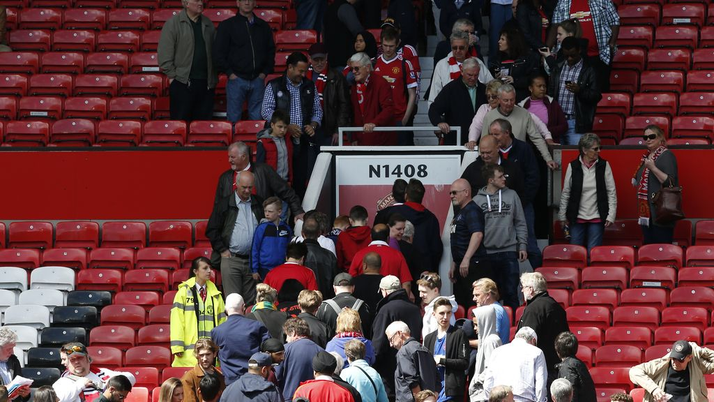 Old Trafford paquete sospechoso