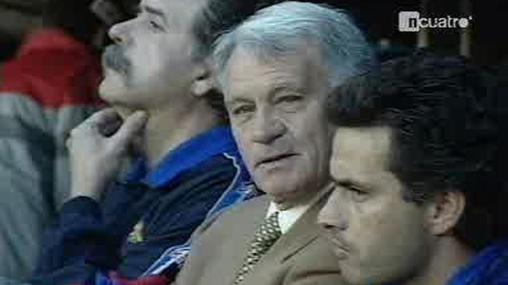 Muere Bobby Robson