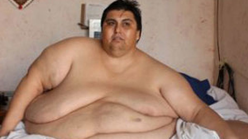 El mexicano Manuel Uribe, considerado el hombre más gordo del mundo, según el libro Guiness de 2007. Foto de archivo EFE