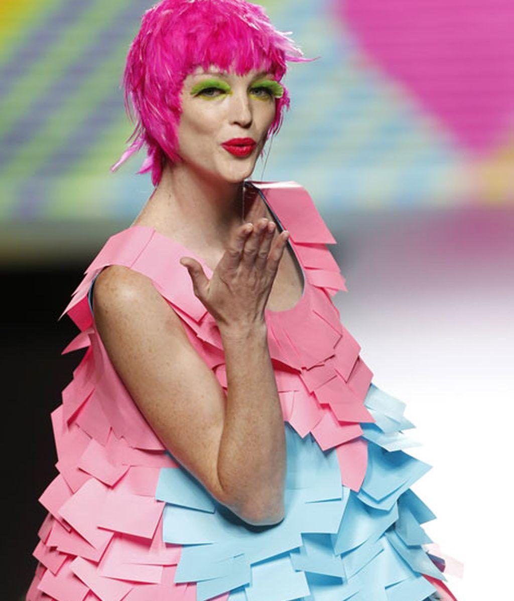 Las mujeres más divertidas llevan el pelo rosa