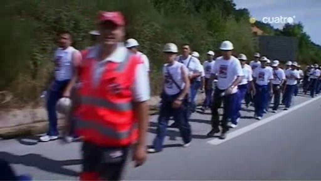 Mineros españoles en pie de guerra