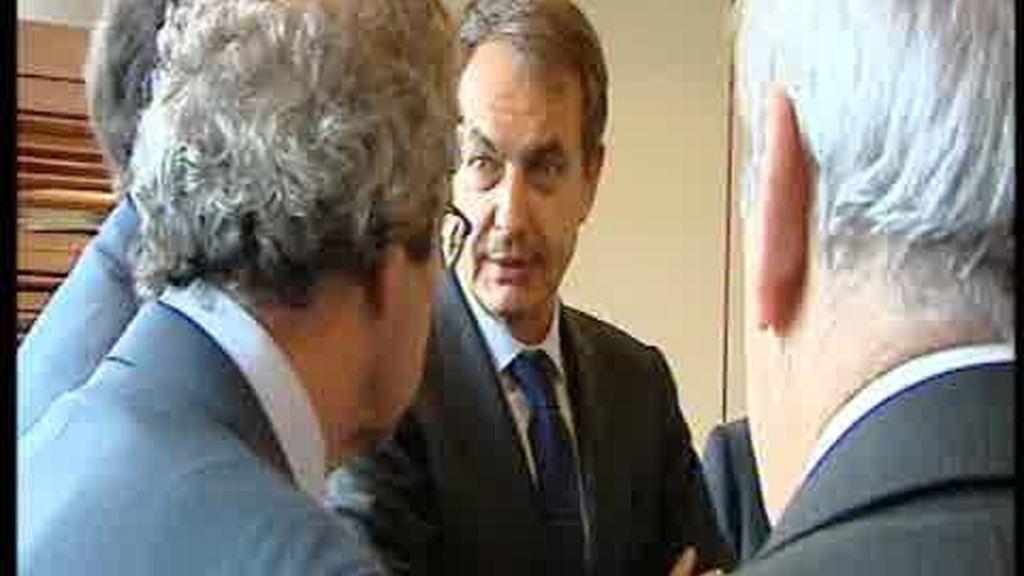 Beneficios cruzados en la reunión de Zapatero con los empresarios