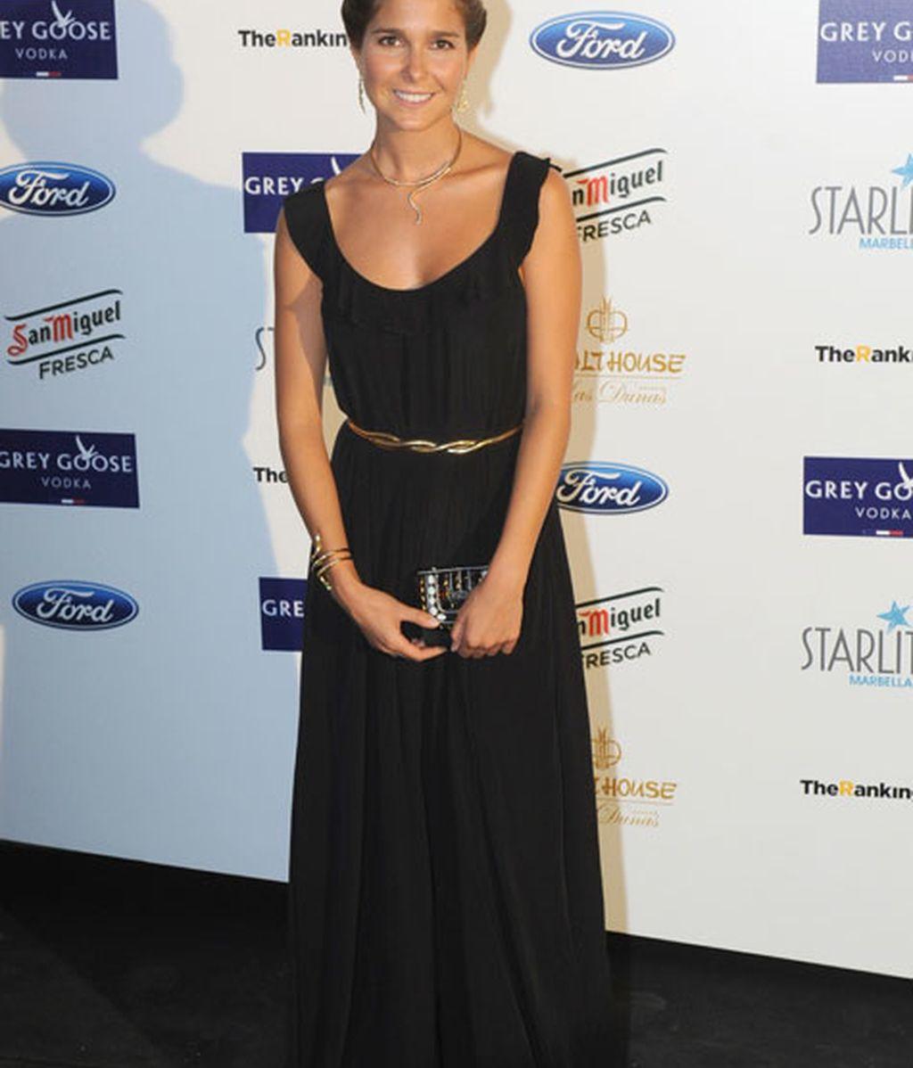 La actriz Natalia Sánchez, muy elegante con un vestido negro