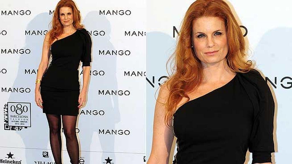 Olivia de Borbón acertó con un sencillo vestido negro