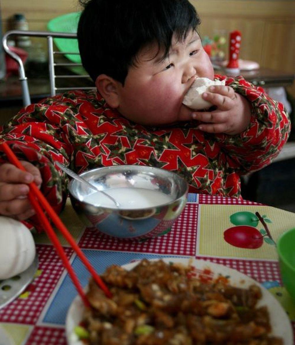 Pang Ya tiene dos años y 41 kilogramos de peso