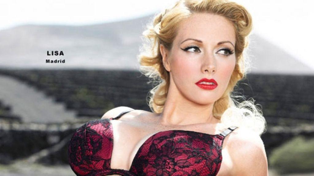 Las azafatas de Ryanair se desnudan para el calendario 2012