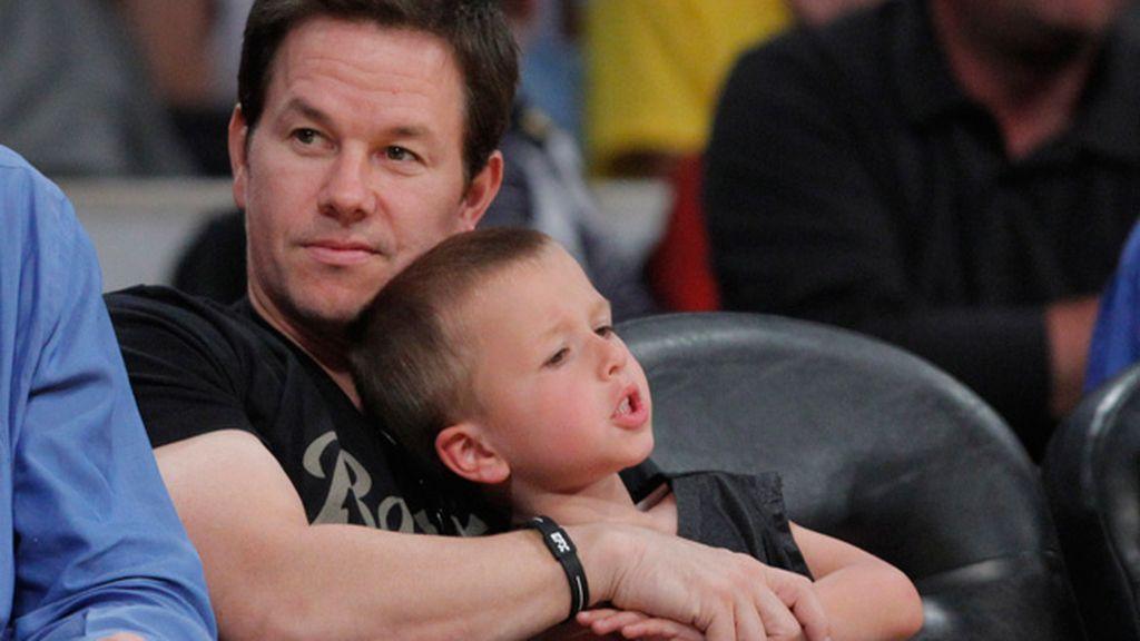 Mark Wahlberg y su hijo