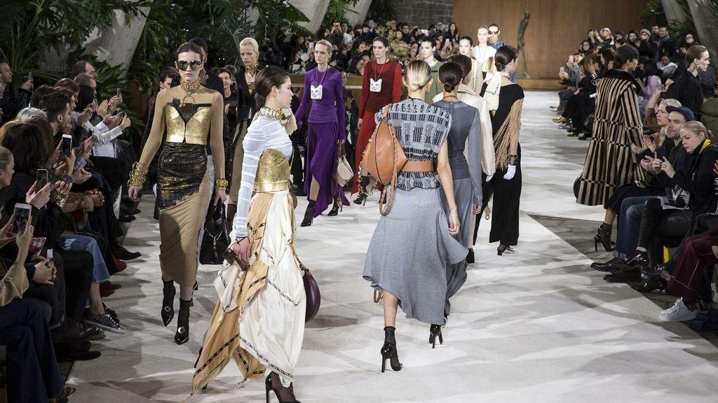 Loewe presenta su nueva colección durante la semana de moda de París