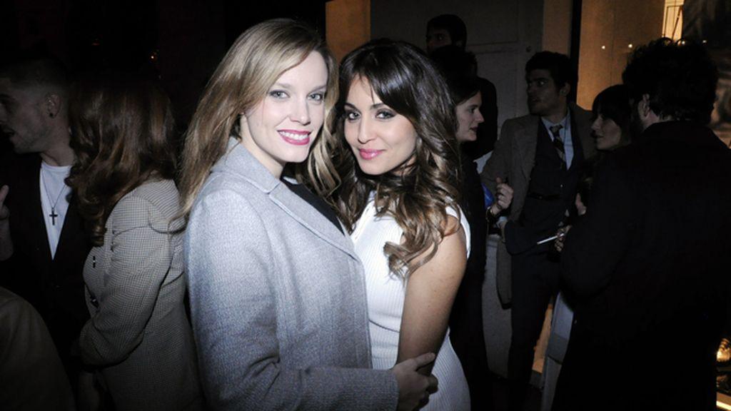 Las actrices Carolina Bang e Hiba Abouk