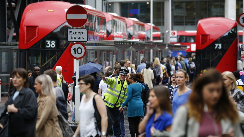 Colapso en el transporte londinense por la huelga de metro