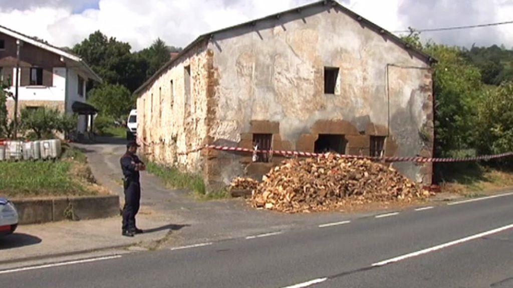 300 artefactos explosivos en la casa de Muzkiz donde explotó un obús
